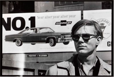 Medium 02 foto david mccabe  andy warhol  chevy sign  collectie hugo and carla brown