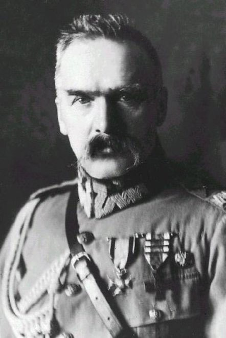 Medium jozef pilsudski1