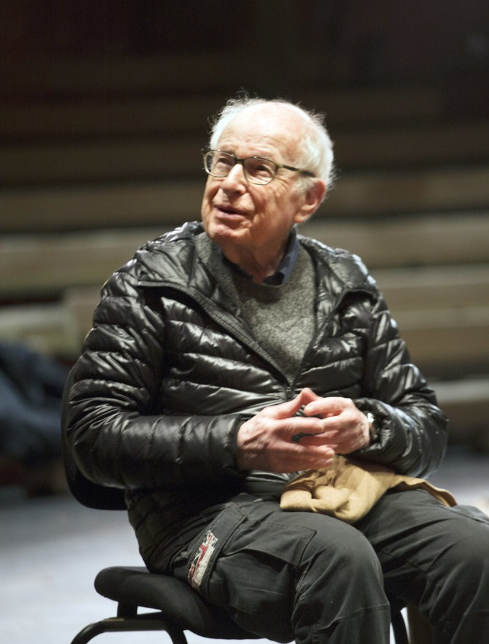 Small 17 the prisoner peter brook   marie helene estiennen foto simon annand