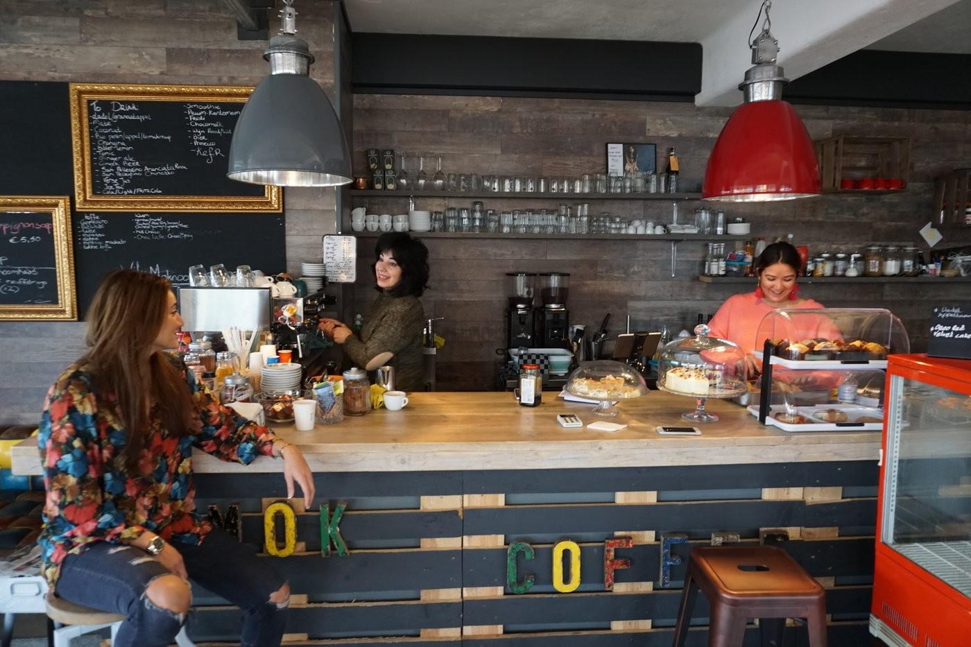 Medium cafe mok 10